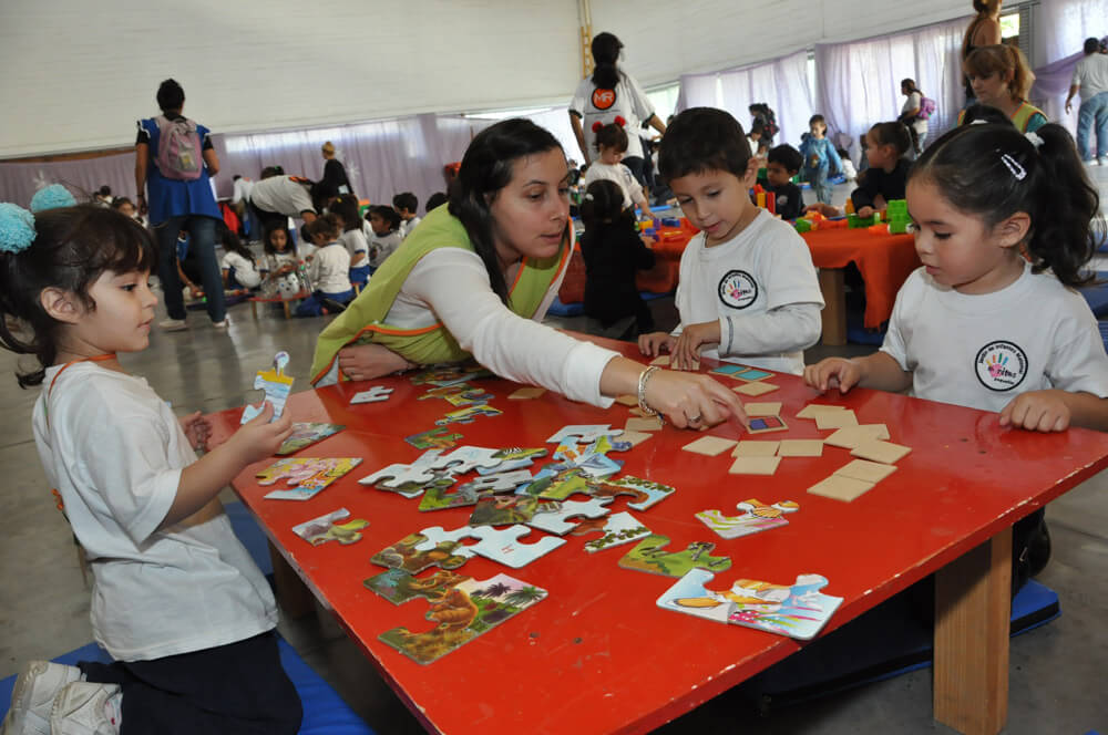 Jardines de infantes for Azul naranja jardin de infantes