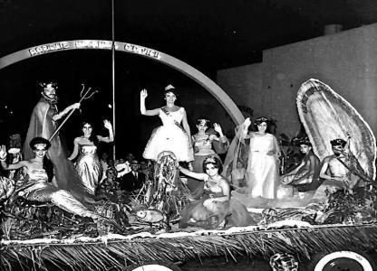 Todo el año es carnaval. Fotografías antiguas