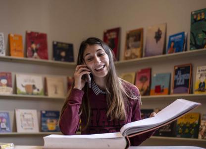 Cuentos por teléfono: en vivo y en directo desde la Biblioteca Argentina