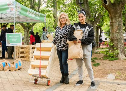 Canje de materiales reciclables en Plaza Libertad