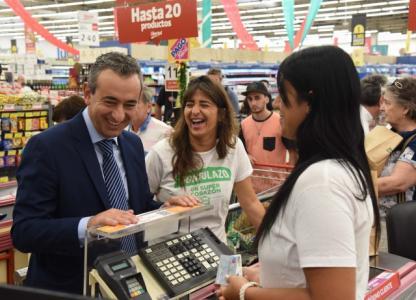 Javkin participó del lanzamiento de la campaña Gondolazo
