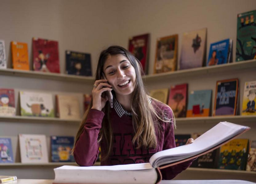 Cuentos por teléfono desde la Biblioteca Argentina