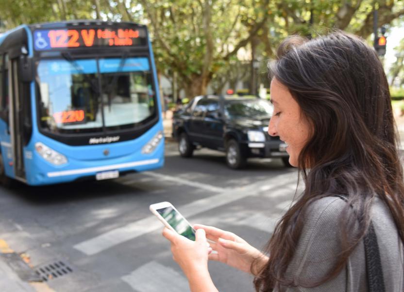 Cómo llego permite buscar líneas de transporte y conocer horarios de arribo