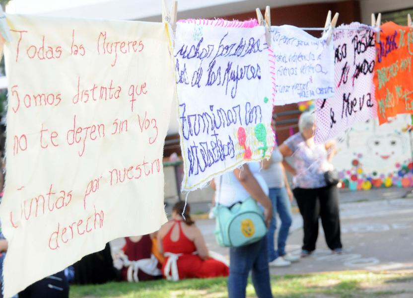 carteles-mujeres