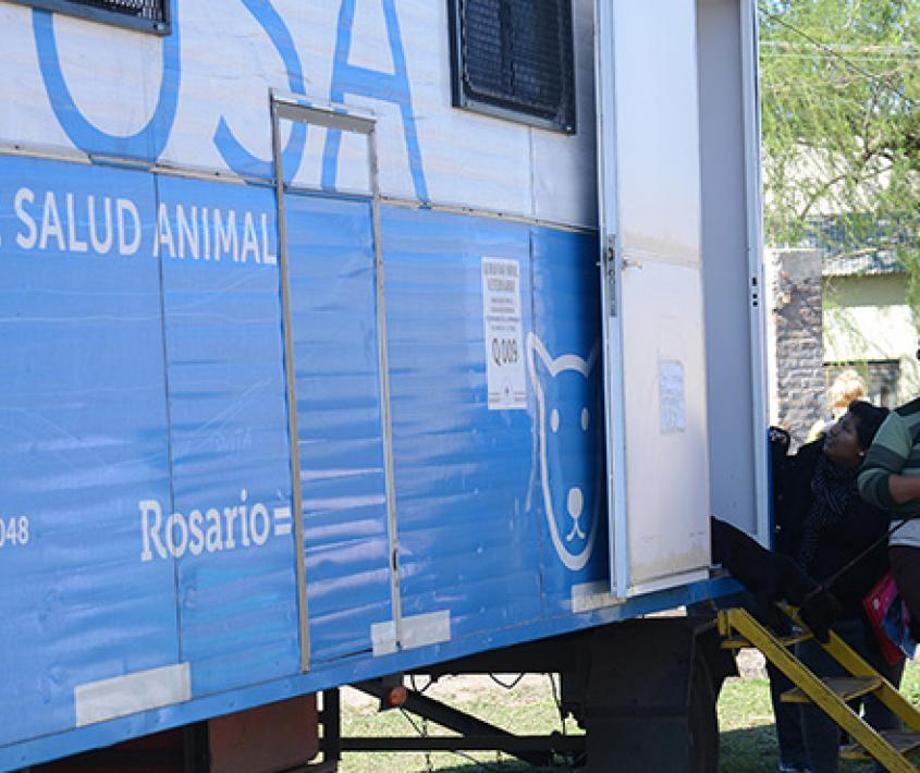 Móvil de Salud Animal en el Sur