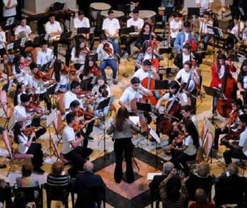 Concierto de fin de año de la Escuela Orquesta de Barrio Ludueña
