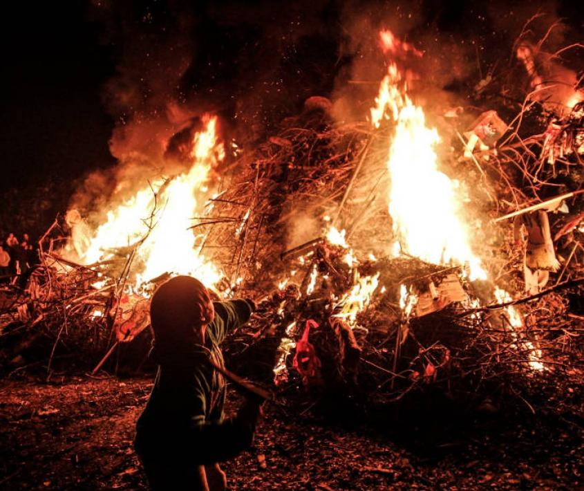 El Obrador celebra su tradicional Fogata