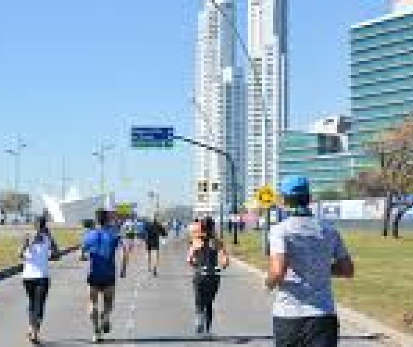 XVIII 42k Rosario - Maratón Internacional de la Bandera