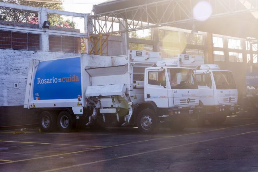 Camiones de la empresa Sumar