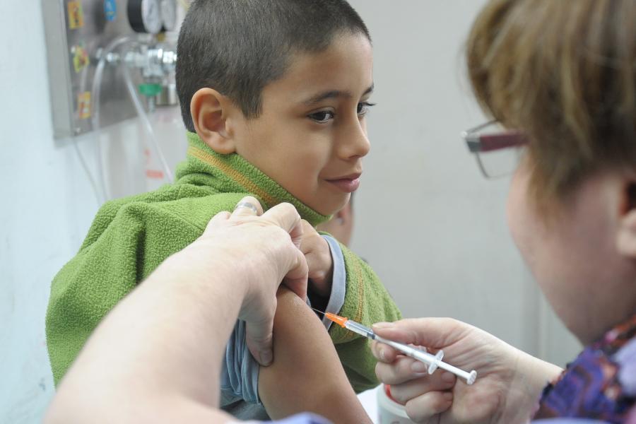 colocación de vacunas