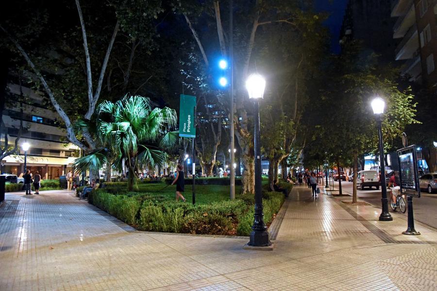 Plaza Pringles