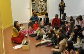 Actividad de extensión cultural con niños y niñas