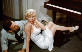 Escena de película con Marilyn Monroe