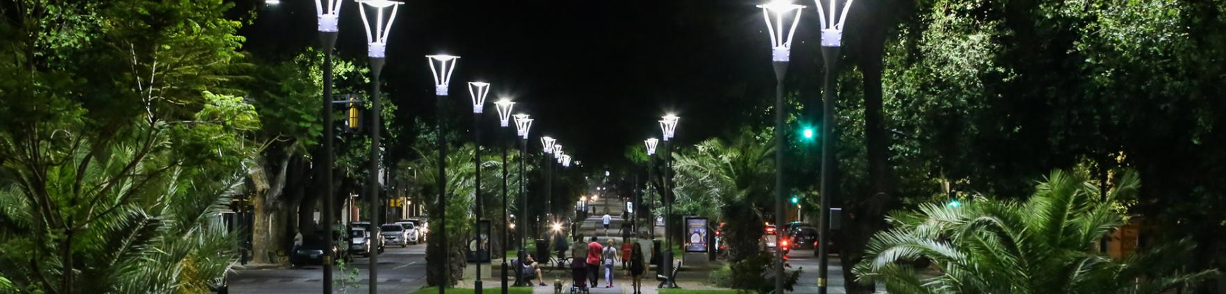 Luces led en Bv. Oroño