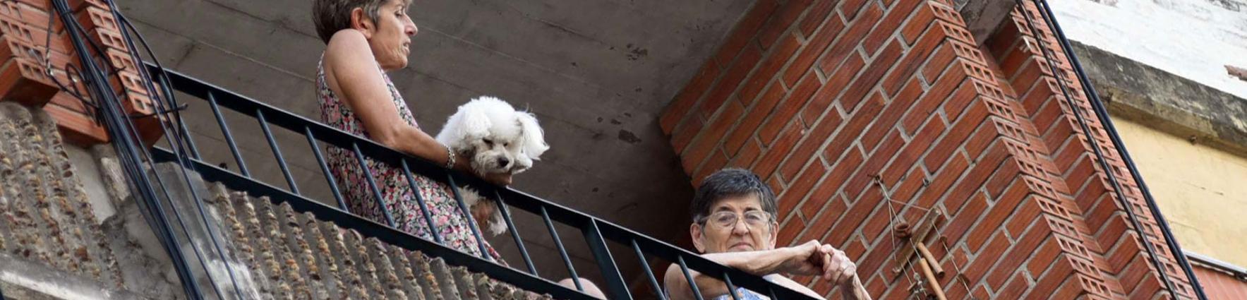 Adultos mayores en casa