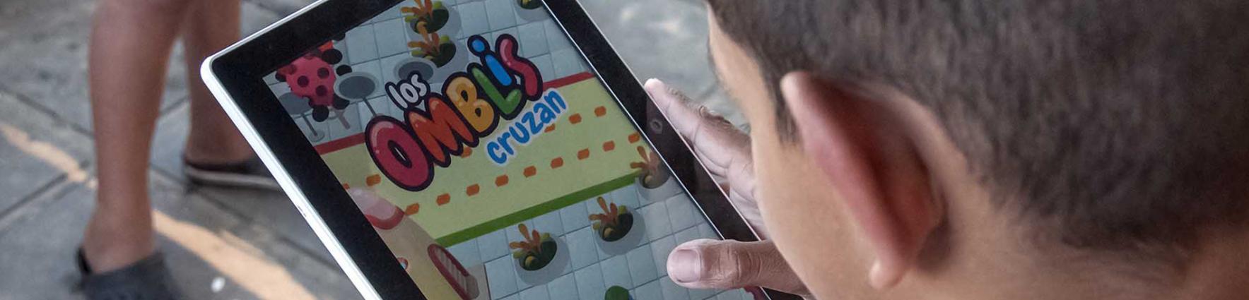 Tablet con la app omblis