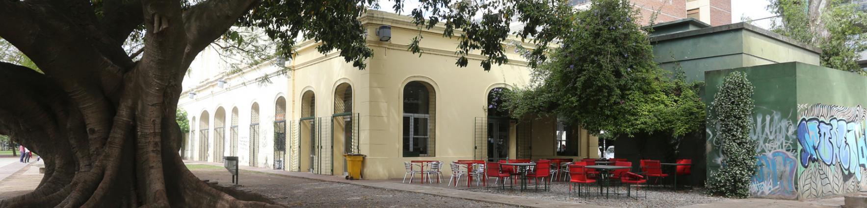 bar vieja estación