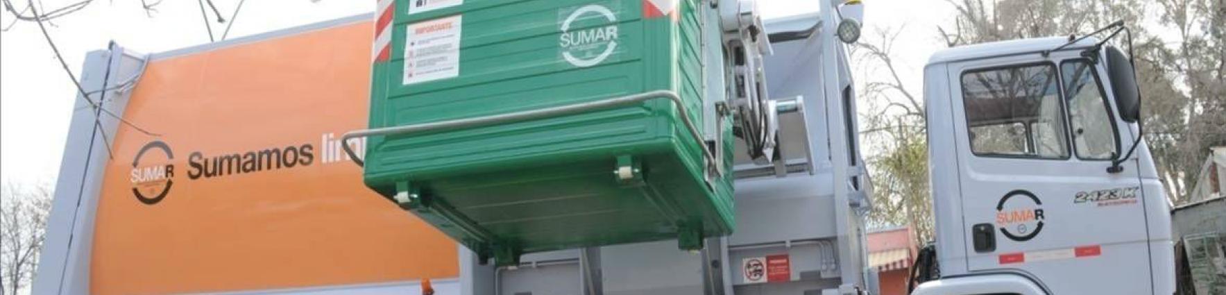 Camiones de recolección equipados con caja compactadora de residuos