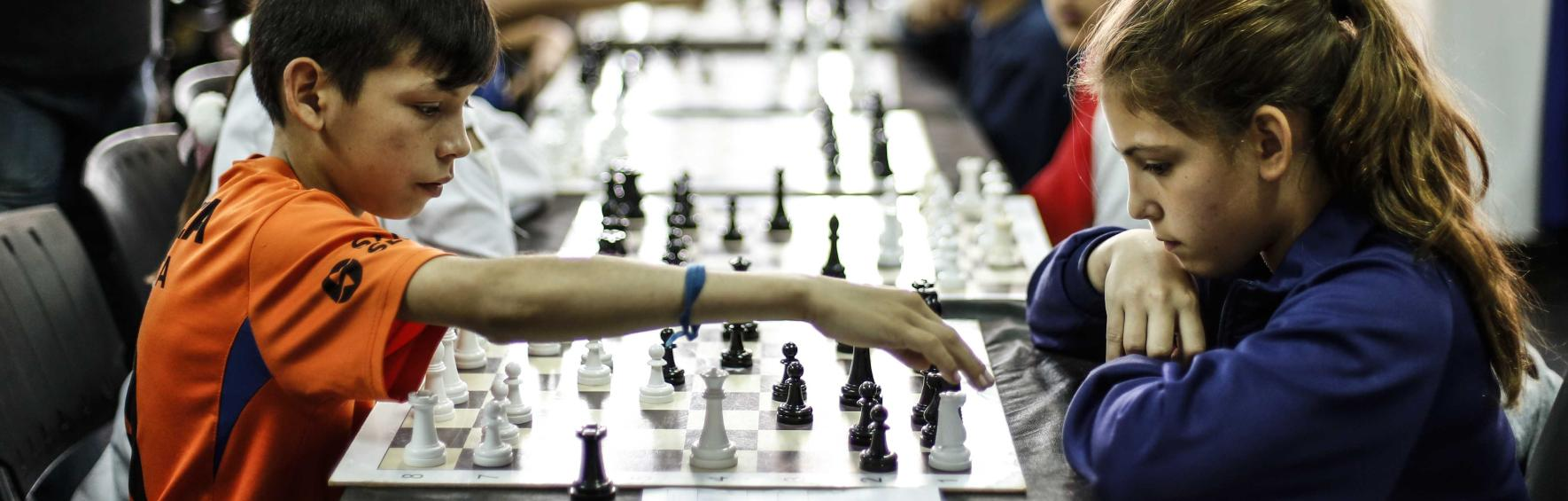 Taller de ajedrez para niñas y niños