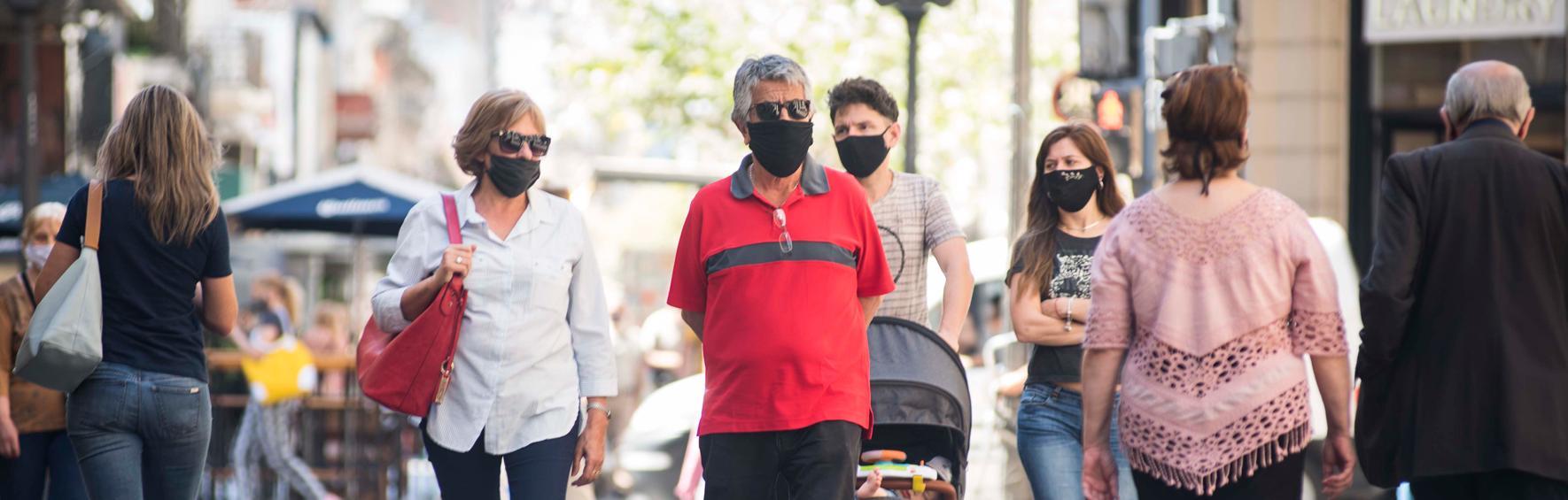 Peatonal Córdoba- Uso de barbijo obligatorio