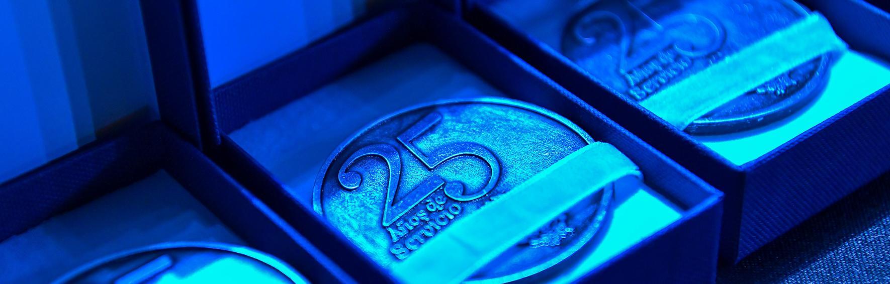 Entrega de medallas 25 años de Personal